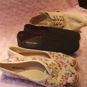 3 pairs of ardene every day loafers